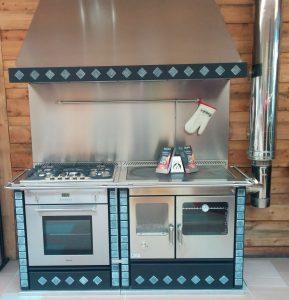 Cuisinière à bois avec four et hotte en Moselle